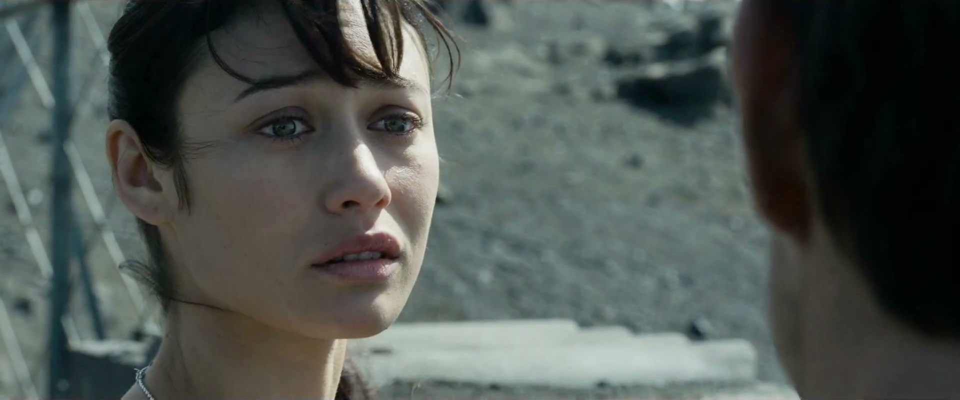 Olga Kurylenko (as Julia in Oblivion) | SPACE JOCKEY REVIEWS